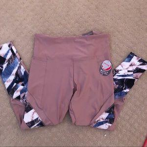 Pants - Cute pink patterned leggings! NWT